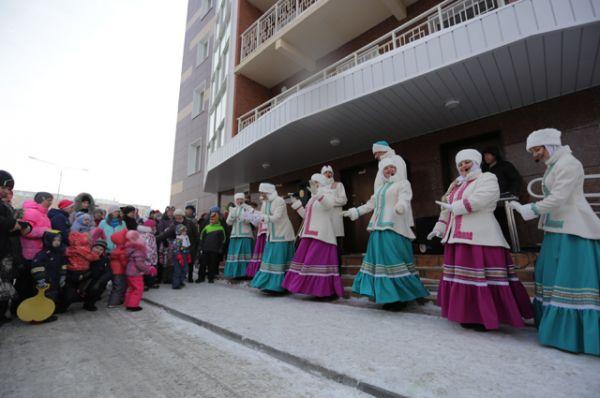 Театр «Ярмарка» исполнил задорные песни!