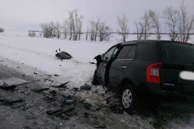 На трассе Оренбург-Орск автомобиль «Toyota» сбил 50-летнего пешехода
