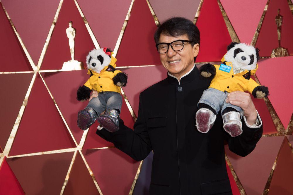 Всегда искренний и веселый Джеки Чан