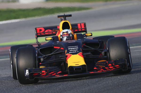 Red Bull RB13.