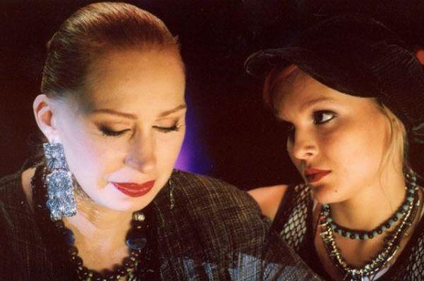 Лариса Ивановна, музыкальный продюсер, в фильме «Попса» (2005).