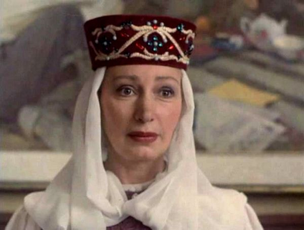 В роли Елены Ореховой в фильме «Увидеть Париж и умереть» (1992). За неё Васильева получила премию «Ника» как «Лучшая актриса» и приз за лучшую женскую роль на фестивале «Кинотавр».