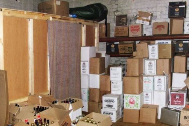 ВЧелябинске изъяли неменее 2-х тыс. коробок «левого» алкоголя