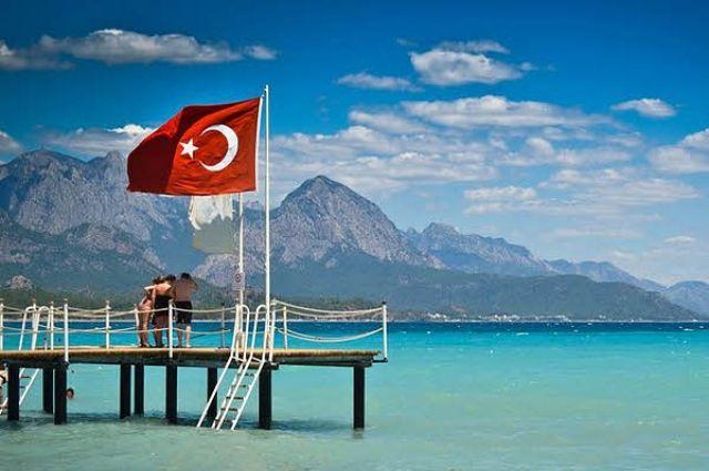 Украинцы смогут посещать Турцию поID-карточкам уже вданном сезоне