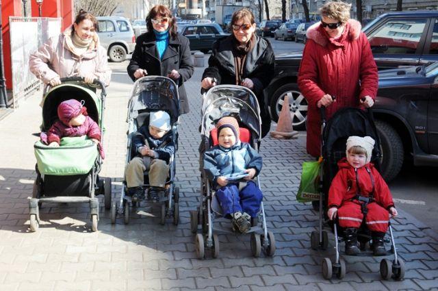 ВКурской области увеличили размер детских пособий