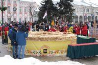 Горожане не смогли попробовать рекордного пирога.
