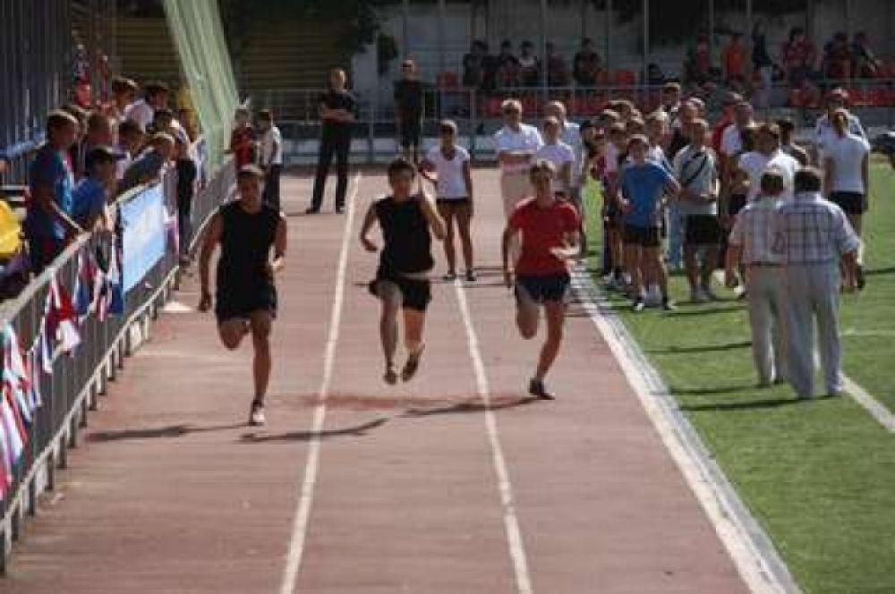Каждый третий батайчанин занимается физкультурой и спортом.