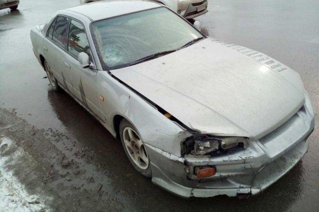 ВЧелябинске умаршрутки находу лопнуло колесо, пострадала пассажирка