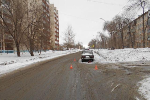 Полицейские Оренбурга проводят проверку пофакту ДТП сучастием 10-летней пострадавшей