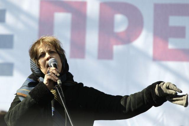 Зоя Светова пожалуется вБасманный суд иЕСПЧ наобыскавших ееследователей