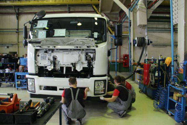 Три тысячи фургонов выпустят вУльяновске втекущем году
