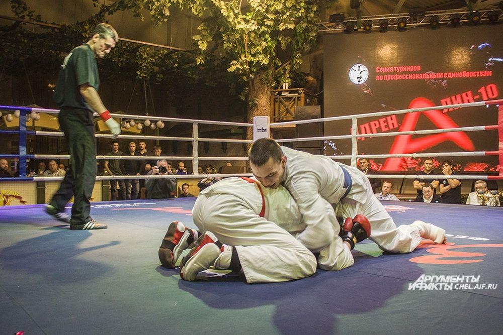 6.Рукопашный бой, 3 раунда по 3 минуты. Весовая категория до 70 кг.