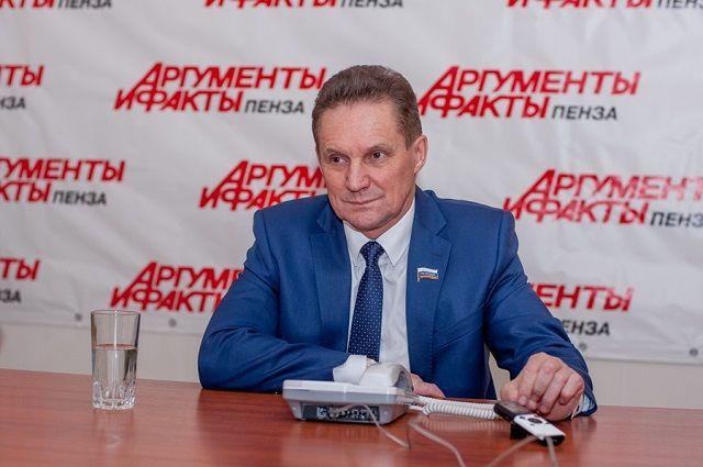 Обращения не останутся без внимания Виктора Кувайцева.