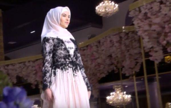 В 2011 году модный дом завоевал в Москве гран-при международного конкурса модельеров «Кутюрье года».