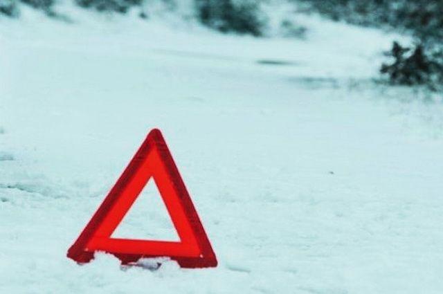 НаВольском тракте мужчина умер под колесами фургона