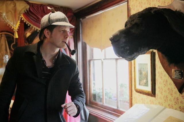 В Лондоне Денис посетил музей Шерлока Холмса – персонажа, который в кино появляется чуть ли не чаще, чем в литературе.