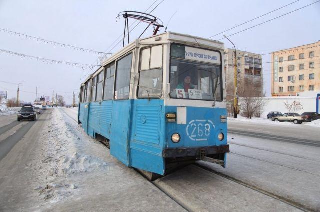В Орске трамваи не вышли на линии из-за резкого потепления