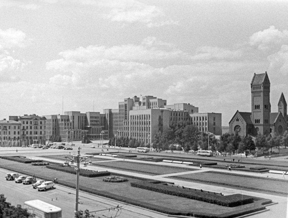 Советская площадь, 1966 год.