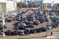 В Калининграде на месте крупной бесплатной парковки откроют платную стоянку.