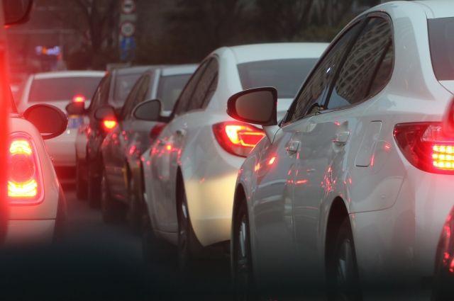 Из-за нескольких аварий создалась пробка наКиевском шоссе
