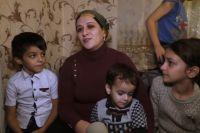 Луиза Джандигова с детьми.