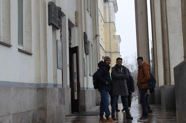 Компания направила на обучение в СГМУ 176 студентов из Индии.