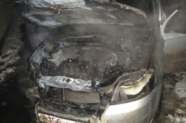 ВНижегородской области мужчину обвиняют вподжоге 7-ми авто