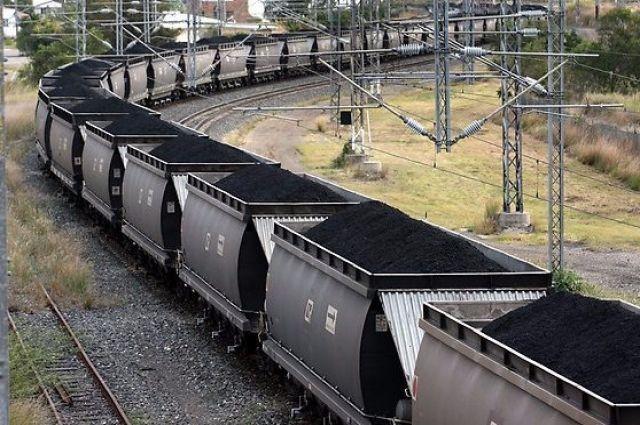 Милиция освободила поезд, следовавший в«ЛНР»— Блокада Донбасса