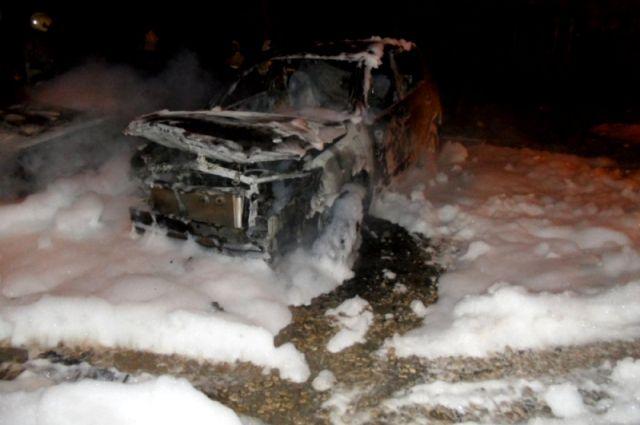 Сгорел автомобиль «Audi».