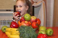 Проще всего найти необходимые витамины в овощах и фруктах.