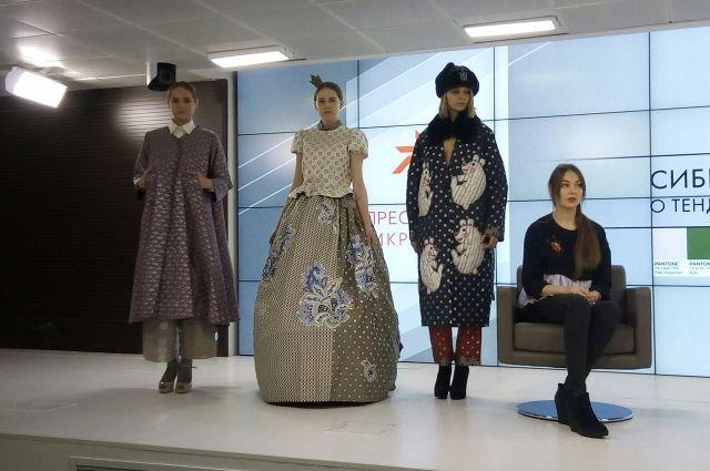 Омский дизайнер презентовала часть своей новой коллекции журналистам.