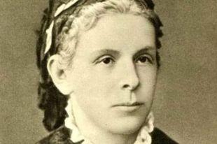 Одна из легенд гласит, что Мария Александровна на самом деле была фрейлиной при дворе, где на нее и положил глаз  великий князь Александр Александрович.