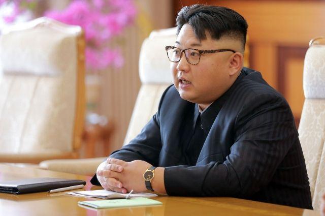 Северная Корея назвала запуск ракет тренировкой удара побазам США вЯпонии