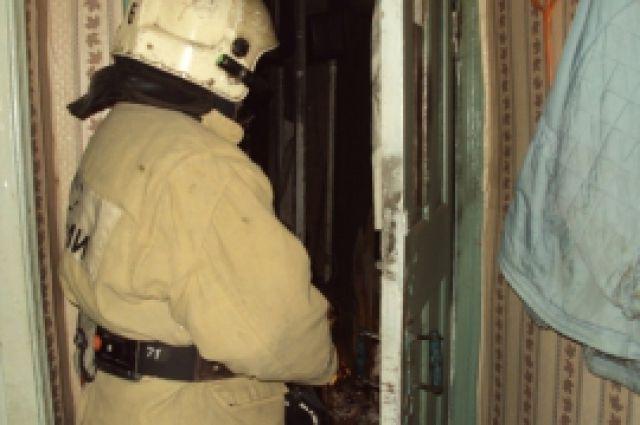 Пожар вбрянской высотке: эвакуировано 13 человек