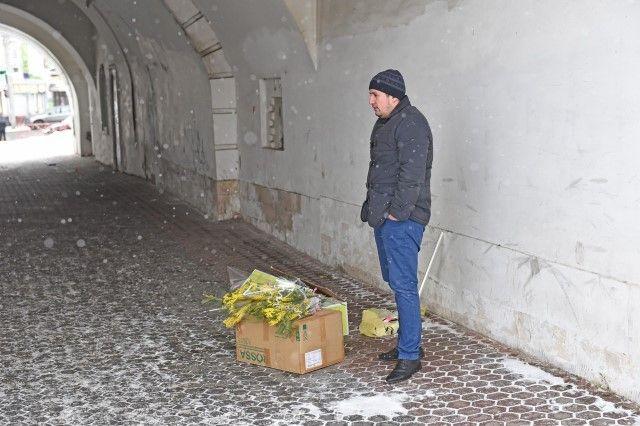 ВЯрославле проходят рейды попресечению незаконной торговли цветами