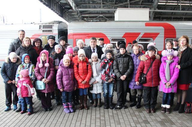 Школьники в дни весенних каникул смогут ездить на поездах за полцены.