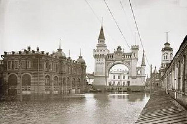 Активисты просят восстановить Триумфальную арку вНижнем Новгороде