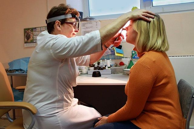 В субботу врачи-оториноларингологи будут принимать пациентов с 08:00 до 14:00.