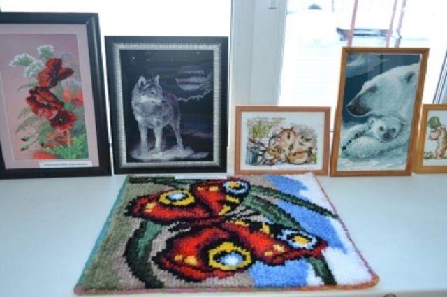Творческая выставка в ОВД Надымского района