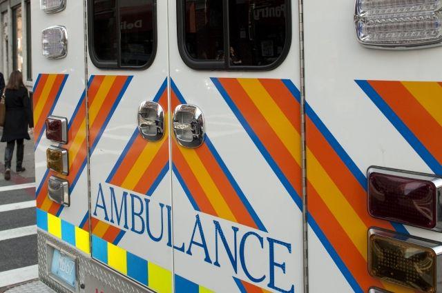 4  человека погибли при столкновении поезда иавтобуса вСША
