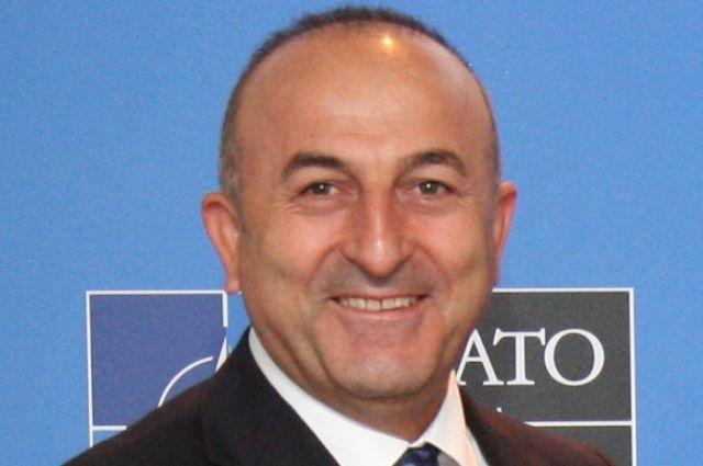 Руководитель МИД Турции увидел «исламофобские настроения» вГермании