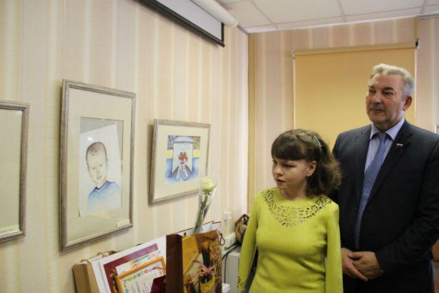Татьяна Фёдоровичева и легенда советского спорта Владислав Третьяк.