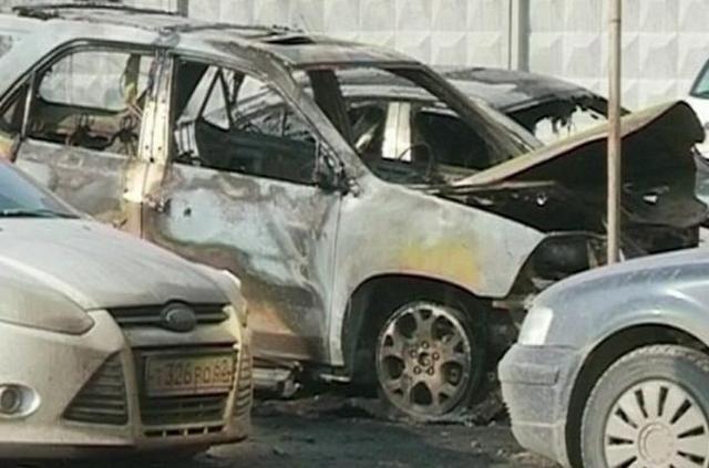 Наплатной автостоянке вРязани подожгли машины