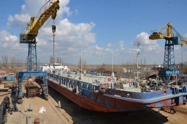 Судостроительный-судоремонтный завод «Мидель» остаётся ведущим предприятием юга страны по ремонту и модернизации российского флота.