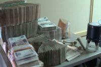 По версии следствия, деньги жильцов шли в карман директору.