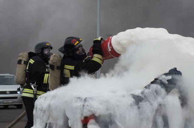 Неисправная проводка могла стать причиной возгорания авто в Черняховске.