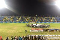 Перед началом матча болельщики провели флешмоб «Мужики».