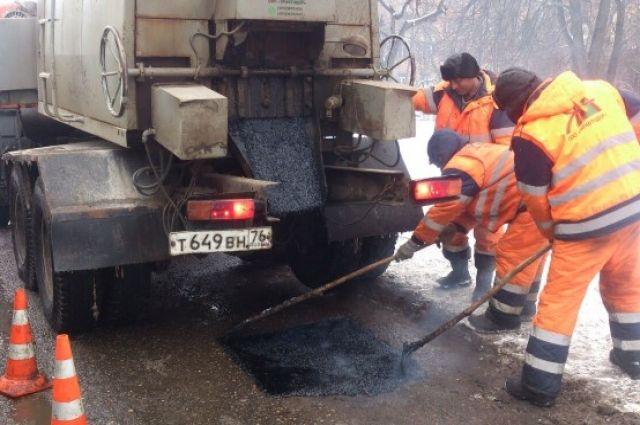 В Кемерове продолжается ремонт дорог.