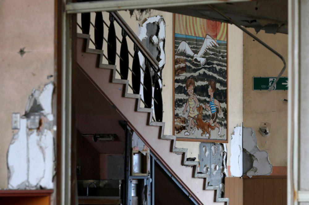 Всего в Намиэ было шесть школ начального образования и три средних.