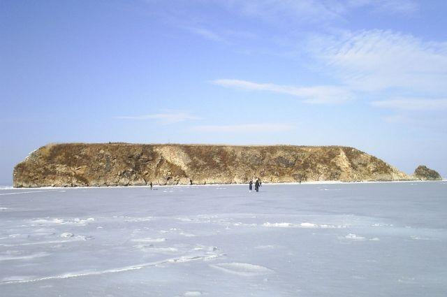 2-х молодых людей чуть не забрало нальдине вморе около Владивостока